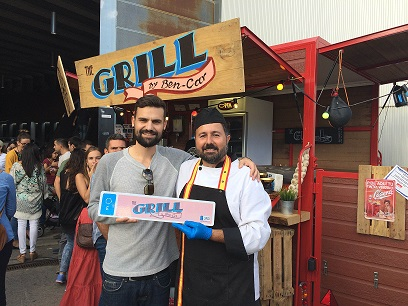 The Grill by Ben-Car luciendo Unomatrículas en su Food Truck
